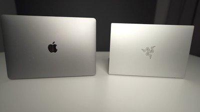 Comparison of Scanner Book MacBook Pro