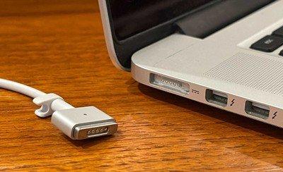 MacBook Pro MagSafe
