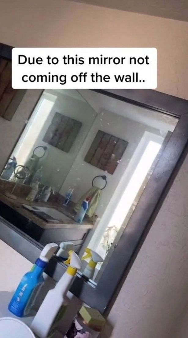 Mirror on the wall does not come off
