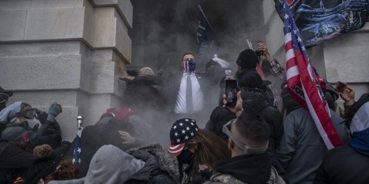 "GitHub Regrets Firing of Jewish Employee Describing Mob Incited by Trump as ""Nazis"""